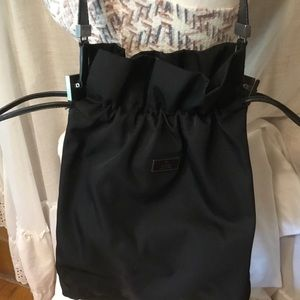 Gucci Bags - Gucci Bag made in Italy Color Black